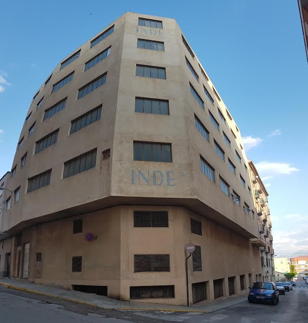 Edifici  Calle cami ras