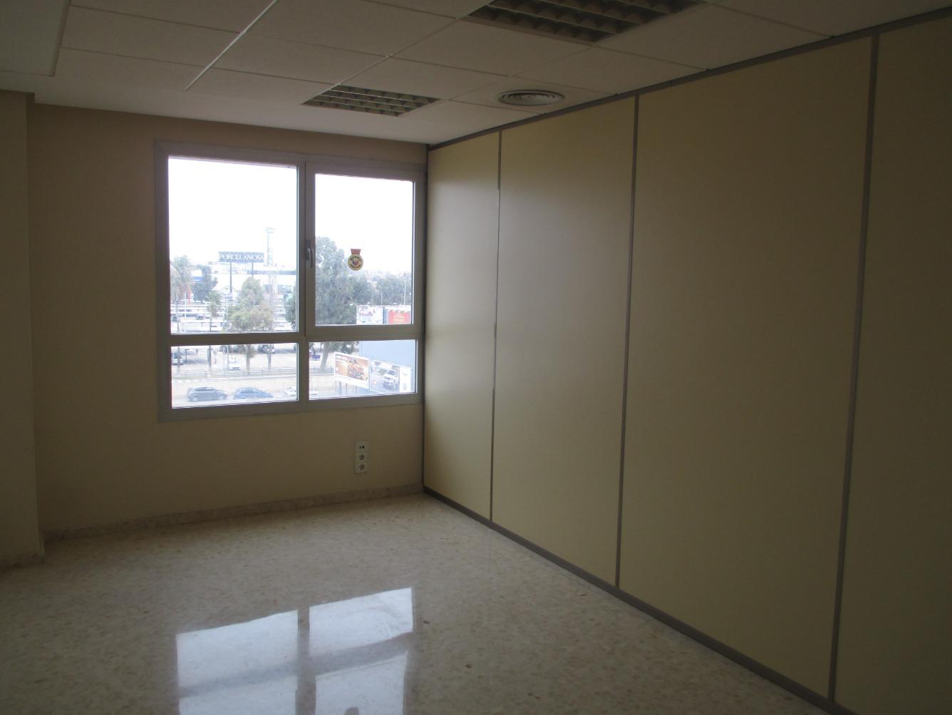Office space  Plaza alquería de la culla, 4