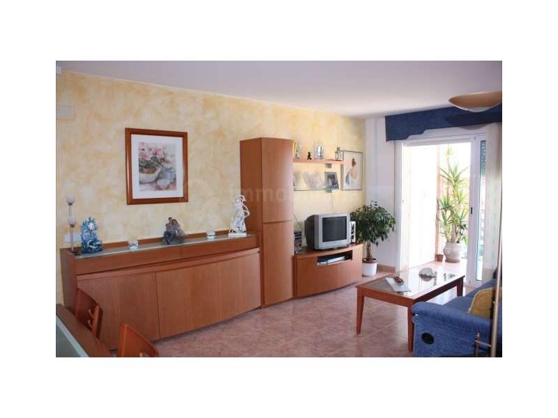 Rental Flat  Zona hotelera, zona hotelera, Santa Susanna, barcelona, españa. Atico con vistas al mar en zona residencial, con parking i pisci