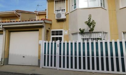 Casa adosada en venta en Pantoja