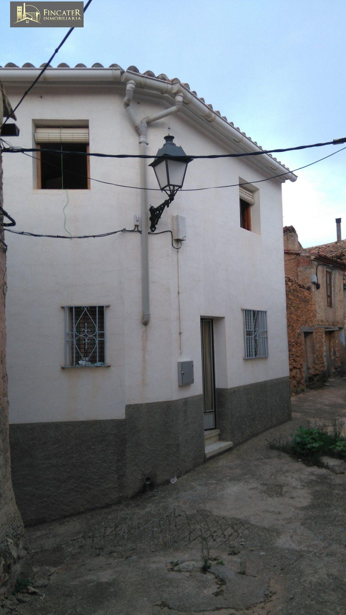 Casa  Castielfabib ,rincón de ademuz. Casa en castielfabib