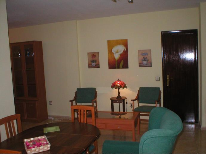 Foto 4 de Apartamento en Avenida Rodriguez De Ledesma / Ruta de la Plata, Cáceres Capital