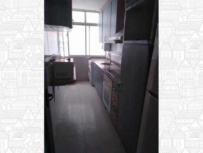 Foto 1 von Wohnung in Strasse Zuloaga / Mejostilla, Cáceres Capital