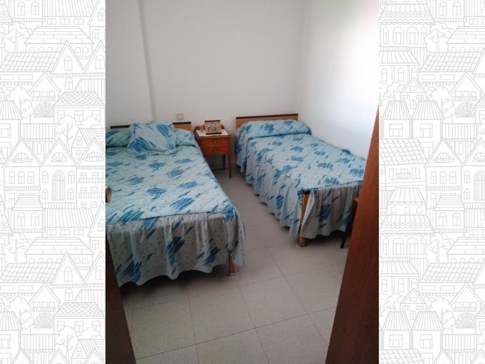 Foto 9 de Apartamento en Calle Arsenio Gallego / Mejostilla, Cáceres Capital