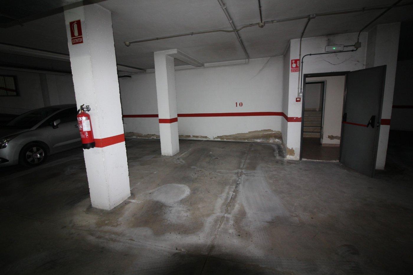 Parking coche  Callosa de segura ,avda- juan pablo ii. Cómoda plaza de garaje   trastero