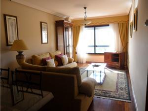 Apartamento en Venta en Avenida Eduardo Pondal / Zona Fernández Ladreda