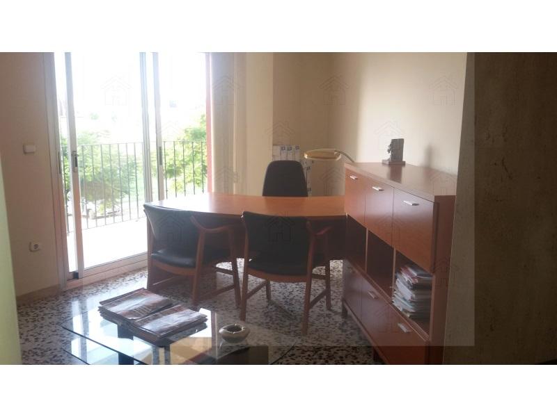 Lloguer Oficina  Zona tulell, Alzira, Alzira, valencia, españa. Oficina en tulell equipada y lista para iniciar actividad