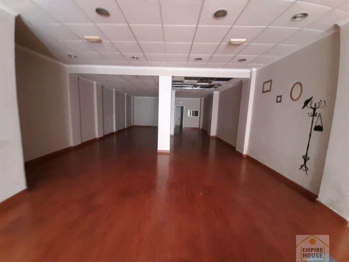 Rent Business premise  Calle ramon y cajal. Carcaixent/local
