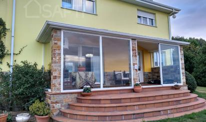 Houses for sale at Foz
