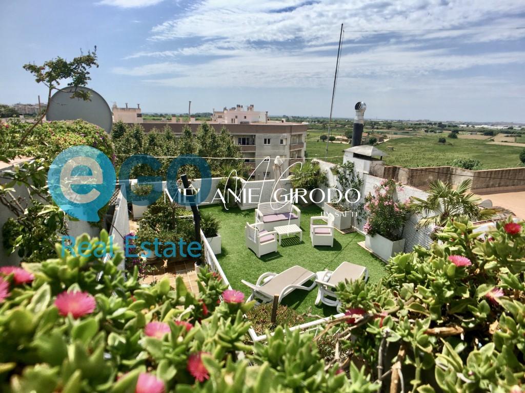 Piso  La plantera, blanes, girona, españa. Apartamento-terraza en blanes con vistas al mar y a la naturalez