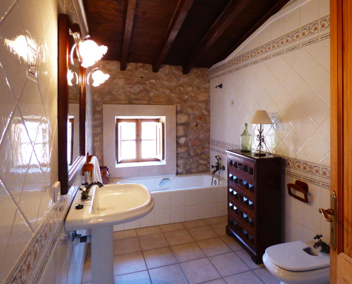 Maison  Plaça del jardí. Casas de pueblo soul housing: venta o alquiler, casa de pueblo c