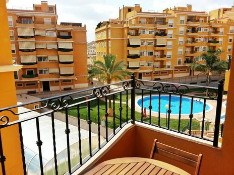 Plantas intermedias de alquiler con opción a compra con terraza en España