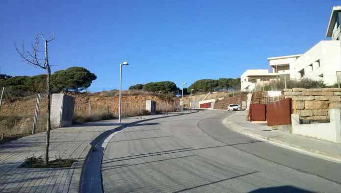 Urban plot  Calle les fonts 23. Suelo urbano en Sant Vicenç de Montalt. cuenta con una superfici