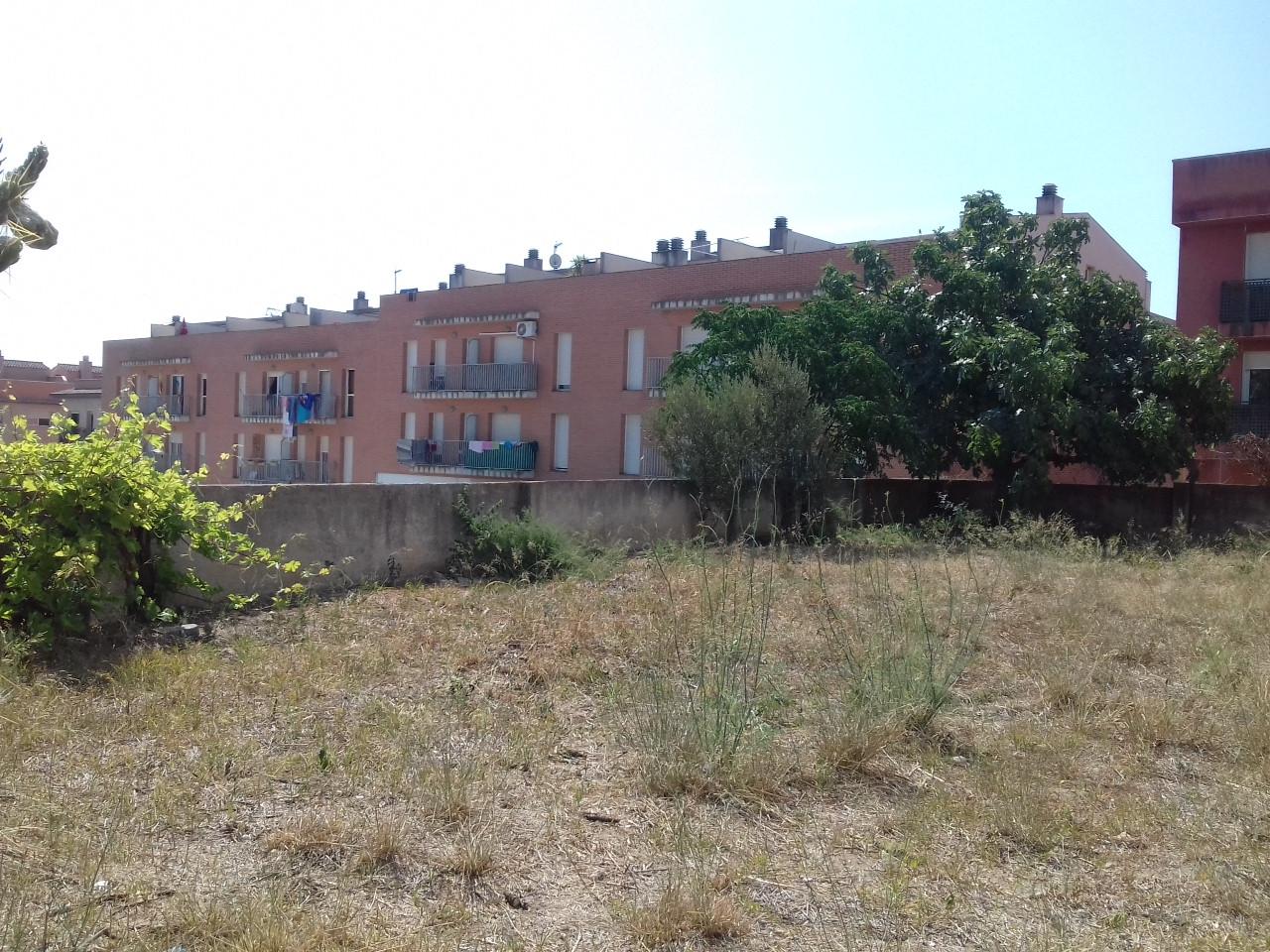 Haus  Calle san abdom i senen. Chalet independiente de unos 261m² de vivienda para reformar. u