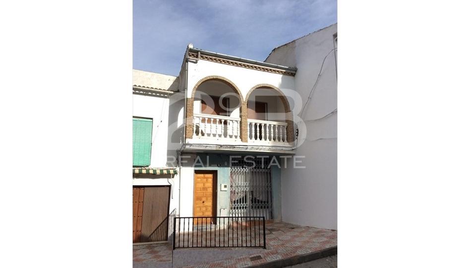 Foto 1 de Piso en venta en Algarinejo, Granada