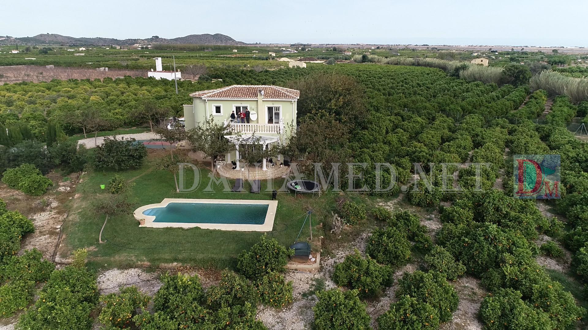 Casa  Pego - monte pego. Finca 19000m2 & chalet & piscina  !