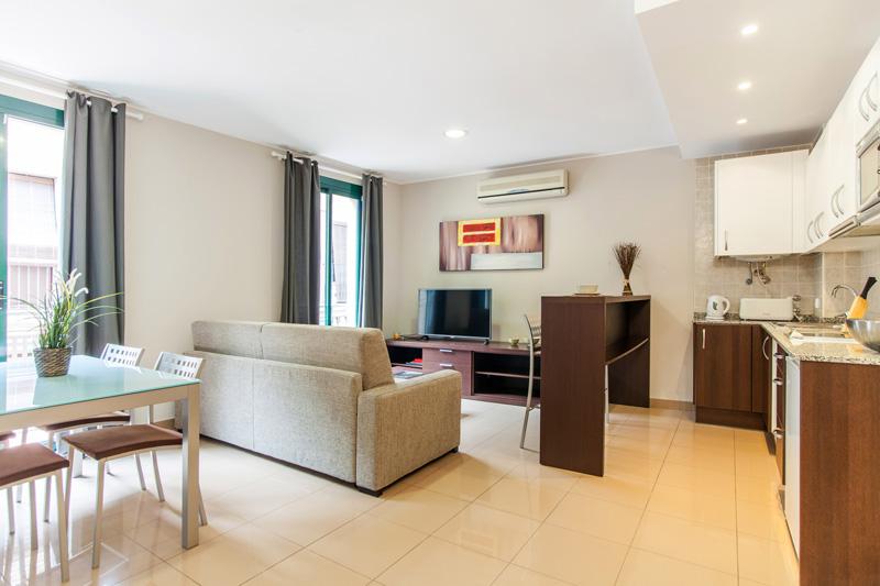 Lloguer Pis  Calle sant pau, 47. 45 mts2 1 habitación con dos camas individuales que pueden unir