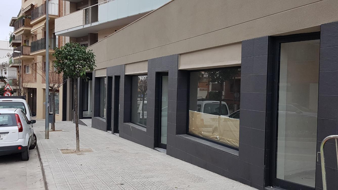 Affitto Locale commerciale  Avenida doctor angles, 39-41. En alquiler locales comerciales de obra nueva a estrenar. medida