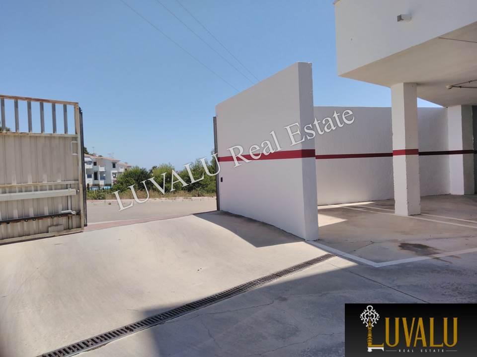 Posto auto  Avenida de la mediterránea. Plaza de garaje en sótano en font nova (peñíscola)