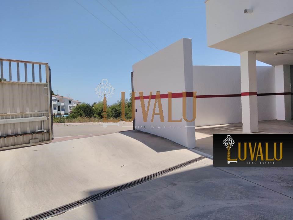 Posto auto  Avenida de la mediterránea. Garaje individual cerrado en font nova