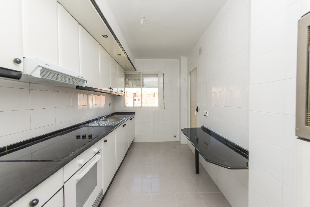 Miete Etagenwohnung  Calle gallecs, 63. Amplio piso en alquiler , mollet del valles con parking incluido
