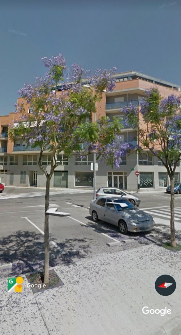Alquiler Parking coche  Avenida de barcelona. Plaza grande de parking en avenida barcelona