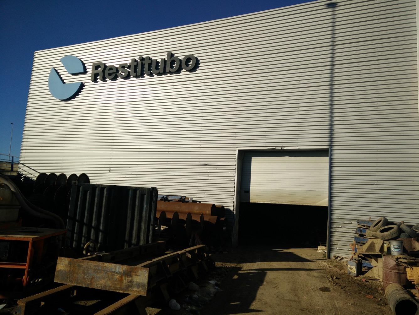 Affitto Capannone industriale  Camino vereda sur, 49. Nave industrial con excelente ubicación en la primera línea de l