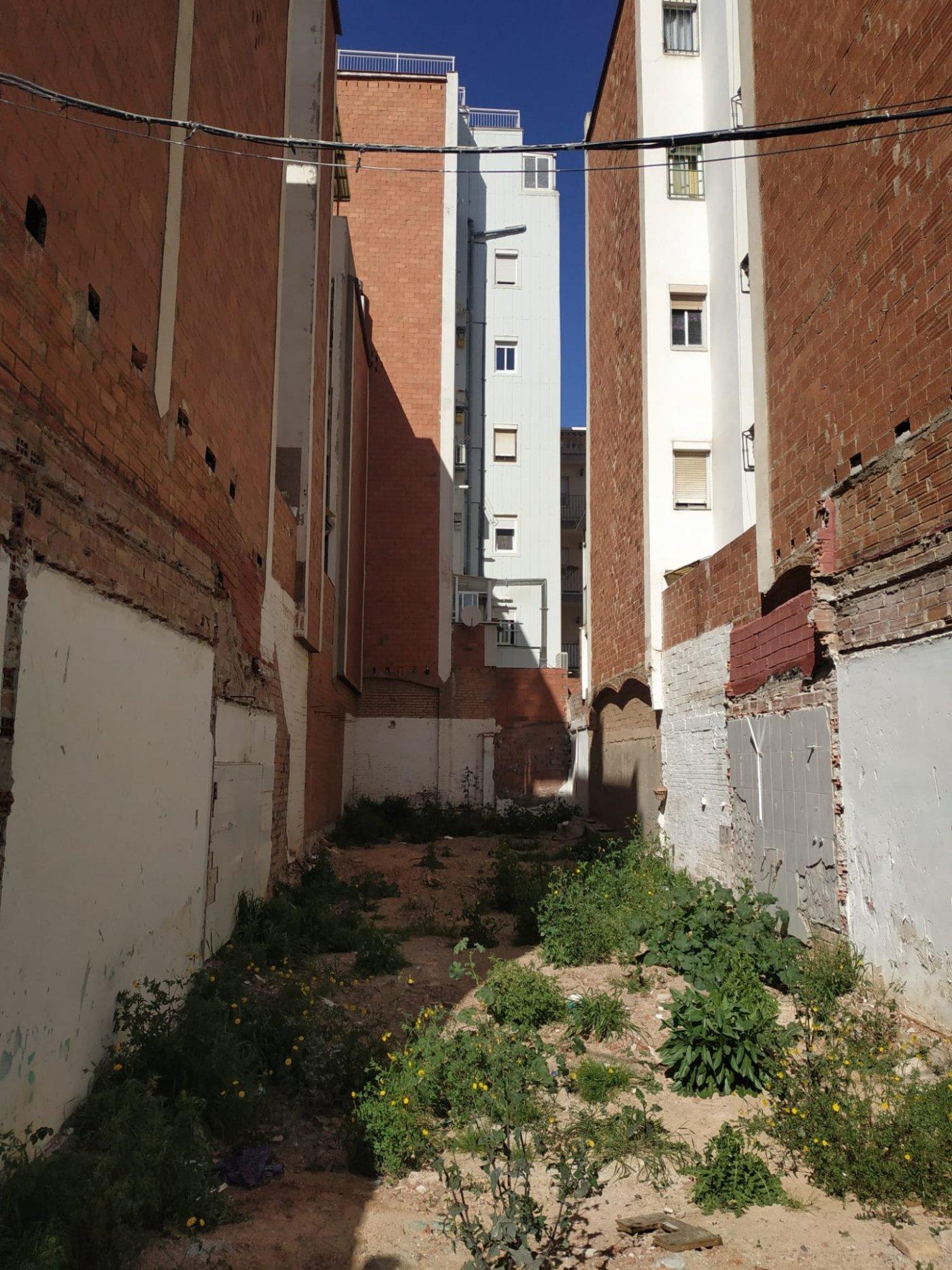 Solar urbano  Hospitalet de llobregat ,sanfeliu. Solar en venta 170 m2