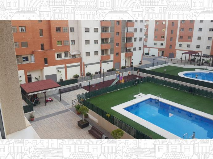 Foto 1 de Piso en Martin Carpena / Martín Carpena - Torre del Río, Málaga Capital