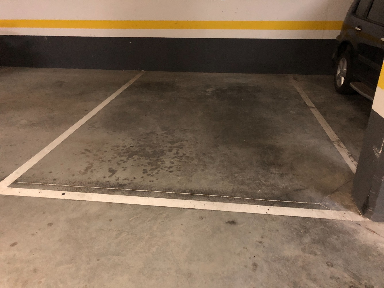 Rental Car parking  Calle capanitx, 19