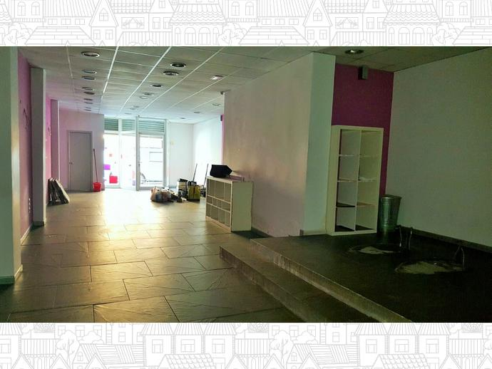 Foto 9 de Local comercial en Calle Poeta Maragall 50 / Centre - Eixample – Can Llobet – Can Serra, Barberà del Vallès