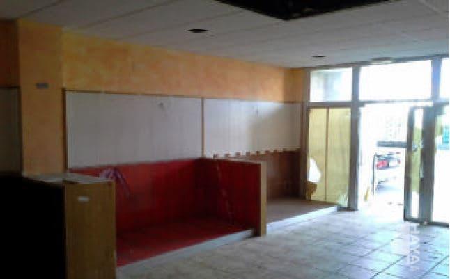 Local Comercial  De la escuela. Local sito en calle de la escuela, municipio Moncofa, provincia