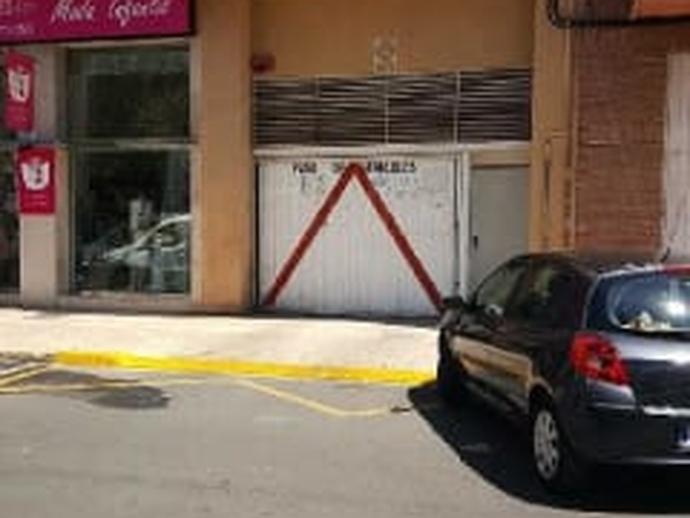 Foto 1 von Garage zum verkauf in Avenida España, 11 La Vall d'Uixó, Castellón