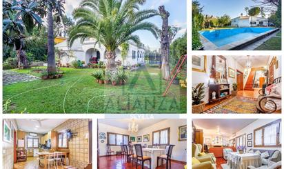Viviendas en venta con piscina en Camas