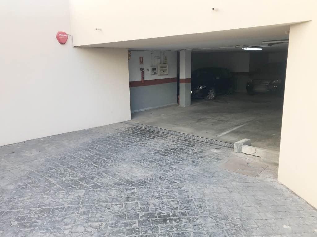 Aparcament cotxe  Can escandell - Ibiza al rededores. Plaza de parking en can escandell