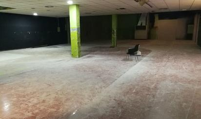 Local de lloguer a Centre - Sant Josep - Sanfeliu