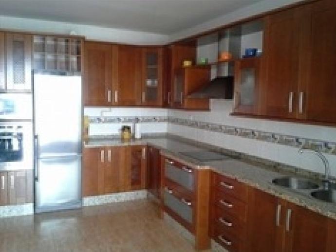 Foto 2 de Ático de alquiler en El Parador de las Hortichuelas, Almería