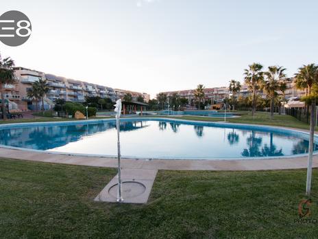 Áticos de alquiler con opción a compra con terraza en España