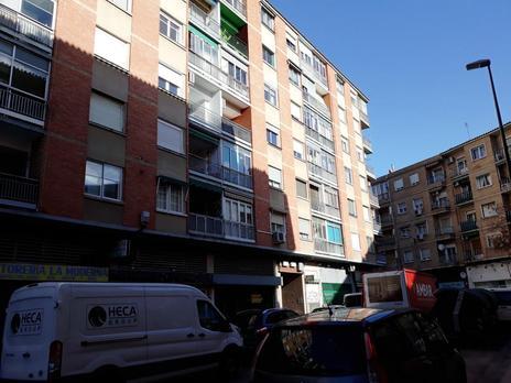 Inmuebles de INMOBILIARIA ANDRES VICENTE 27   en venta en España