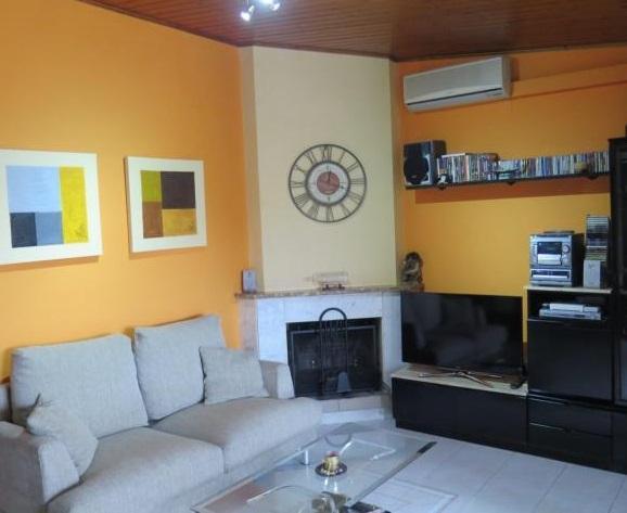 Appartamento  Calle de domingo cardenal. Precioso piso muy luminoso con parquing en Juneda.