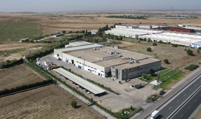 Naus industrials en venda a España