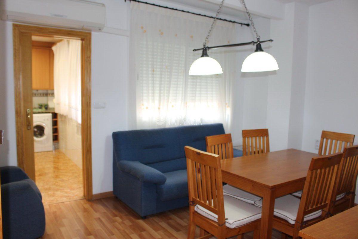 Miete Etagenwohnung  Calle los naranjos, 23. Piso en alquiler en segorbe, 2 dormitorios.