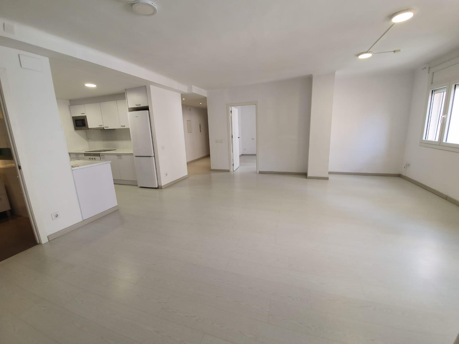 Alquiler Piso  Plaça marques de camps. Precioso piso recién reformado, preparado para entrar a vivir