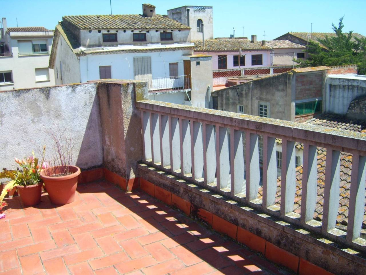 Maison  Calle dr. puig. Superf. 261 m², 82 m² solar,  6 habitaciones (4 dobles,  2 indiv