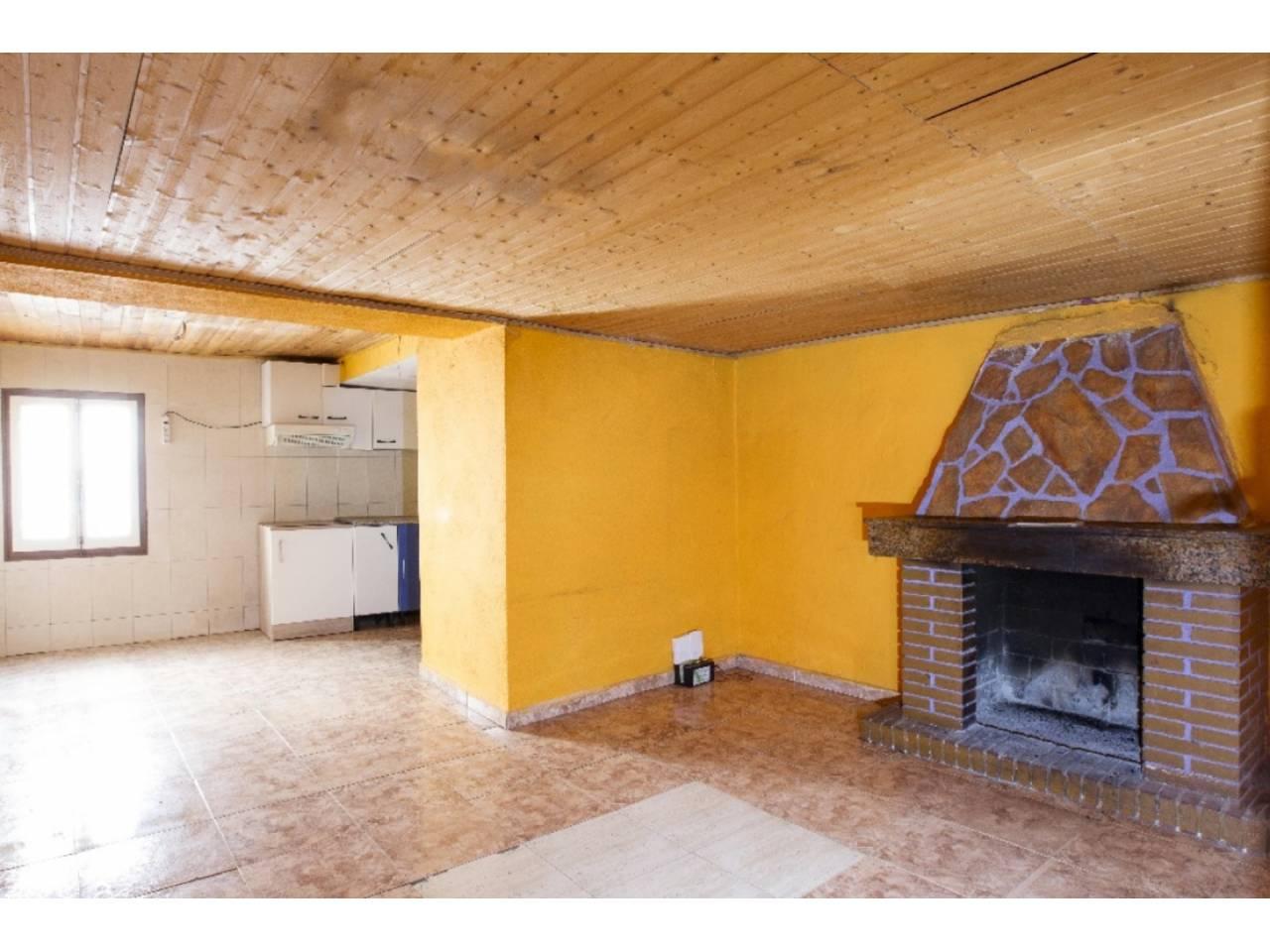 Casa  Calle pere virgili. Superficie total 197 m², casa superficie útil 197 m², habitacion