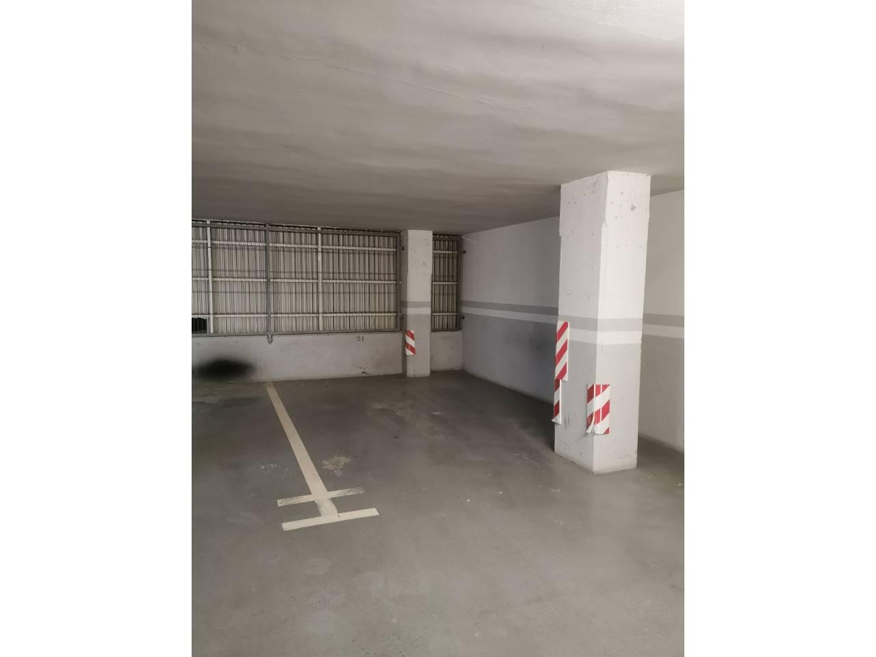 Alquiler Parking coche  Paseo de l´estació. Superficie total 16.7 m², parking superficie útil 16.7 m², estad