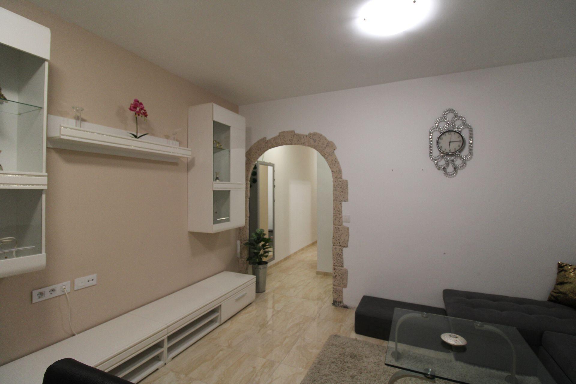 Miete Etagenwohnung in Sant Josep-Zona Hospital. Piso en alquiler  en san jose