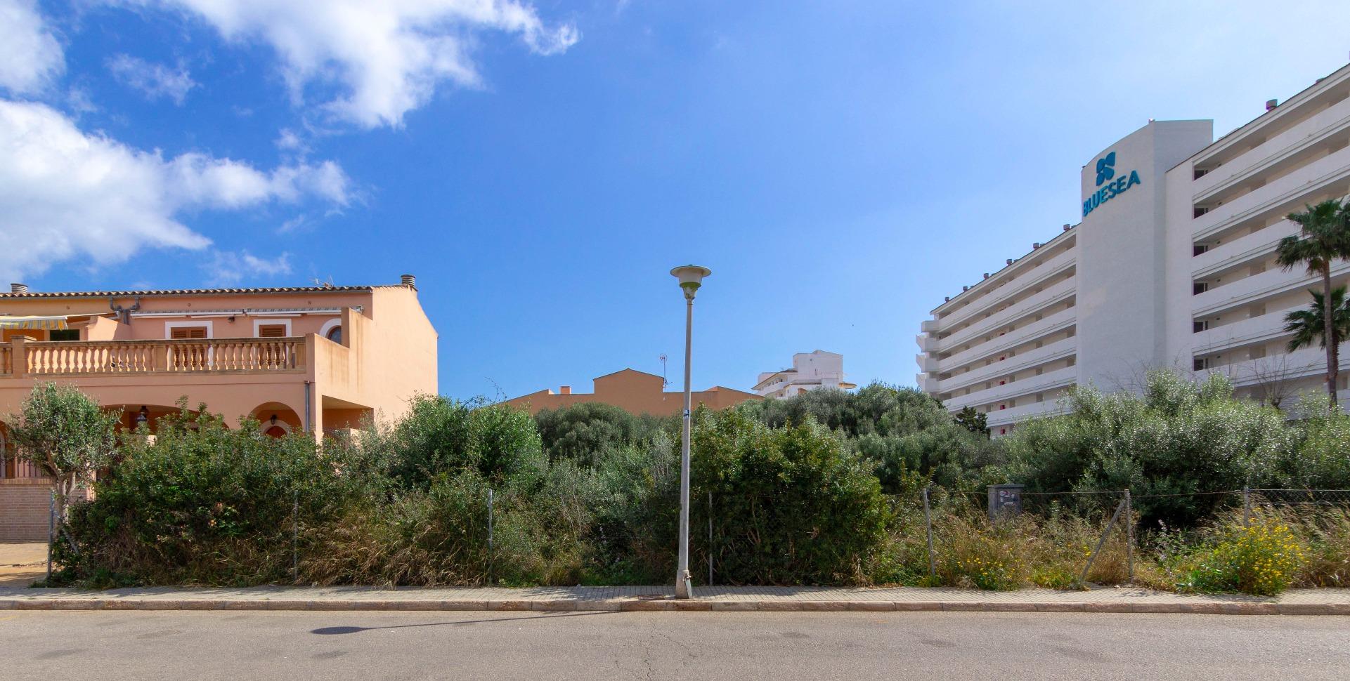 Solar urbano  Calle carrer card, 38