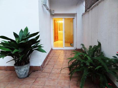 Pisos en venta con terraza baratos en Barcelona Capital
