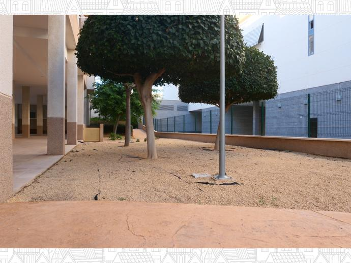 Foto 58 de Piso en Calle Polop / Garbinet, Alicante / Alacant